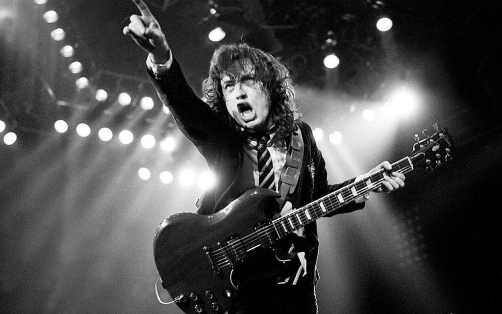 angus-young-snap